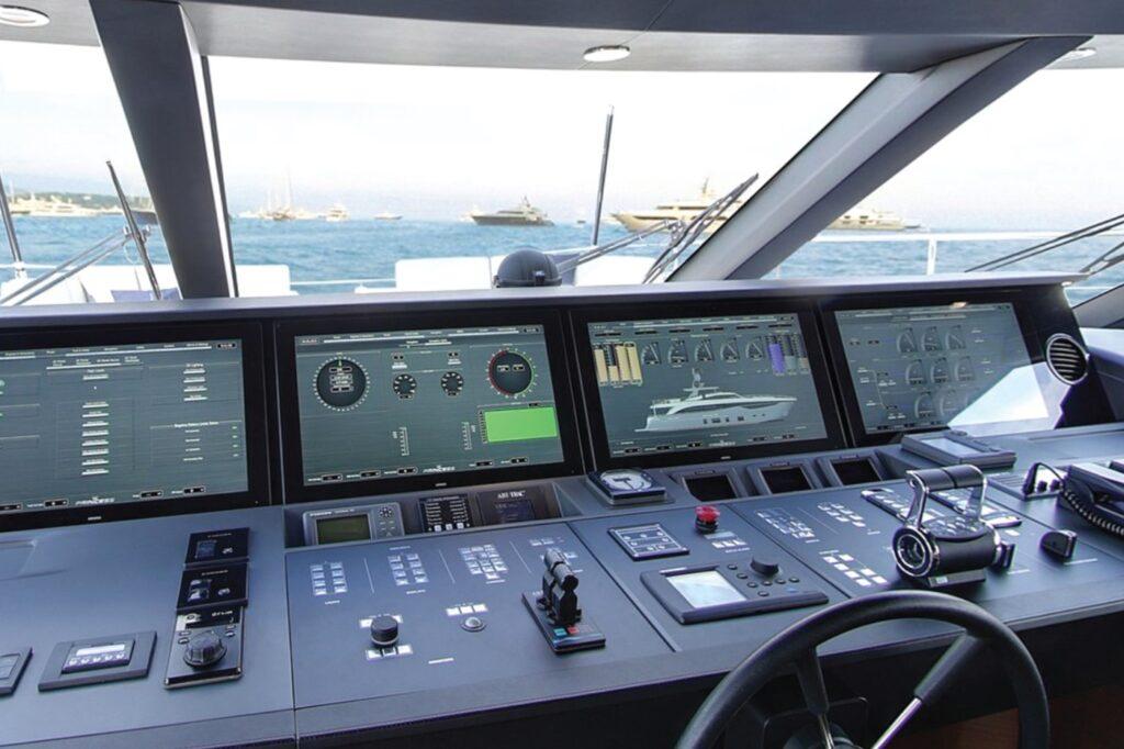 Princess 35M mega jacht